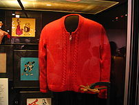 rp_202px-Fred_Rogers_sweater.jpg