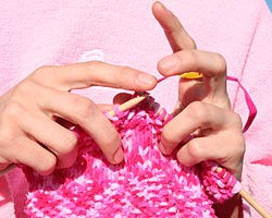 Wed. May 26 – Knitting for Absolute Beginnger (Free class and dinner)