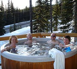 Questyinz:  Outdoor Hot Tub?