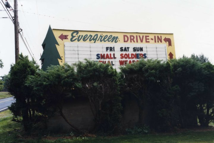 Guide To Pittsburgh S Drive Ins Check Them Out Before They Go Digital Or Dark I Heart Pgh