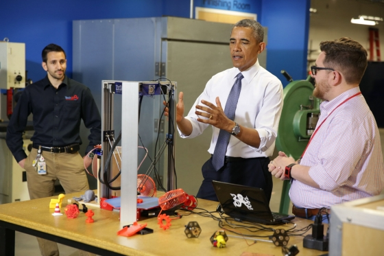 President Obama at TechShop Pittsburgh. Official White House Photo by Chuck Kennedy.