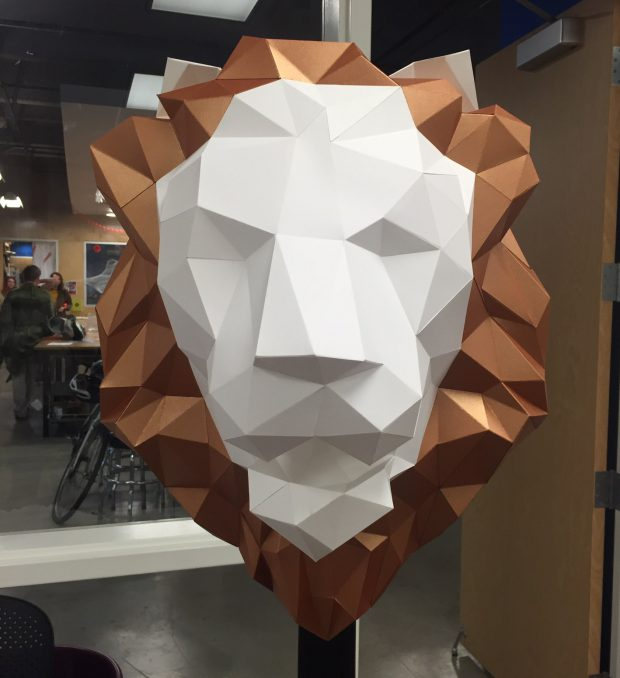 paper lion head scuplture