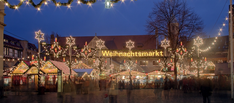 """What the What is a """"Weihnachtsmarkt"""" ?"""